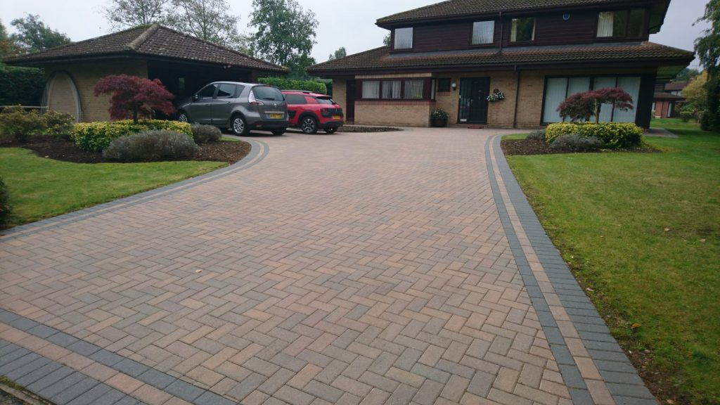Looking For a Paving Services